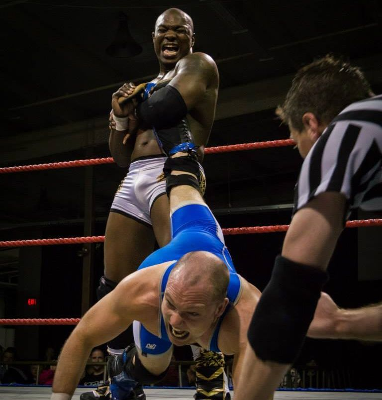 Former WWE superstar Shelton Benjamin in action against Julien Young in December, 2015.