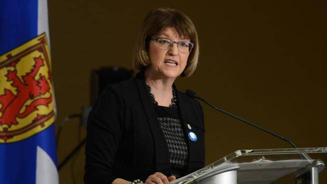 Diana Whalen speaking to the Halifax Chamber of Commerce in March, 2015.
