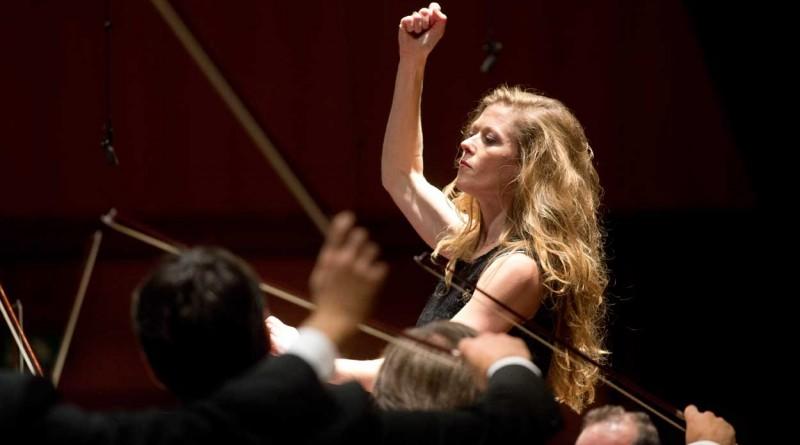 Roma, Auditorium Parco della Musica 02 11 2013 Barbara Hannigan: Mysteries of the Macabre Orchestra dell'Accademia Nazionale di Santa Cecilia Barbara Hannigan direttore e soprano ©Musacchio & Ianniello ******************************************************** NB la presente foto puo' essere utilizzata esclusivamente per l' avvenimento in oggetto o comunque per pubblicazioni riguardanti l'Accademia Nazionale di Santa Cecilia ********************************************************