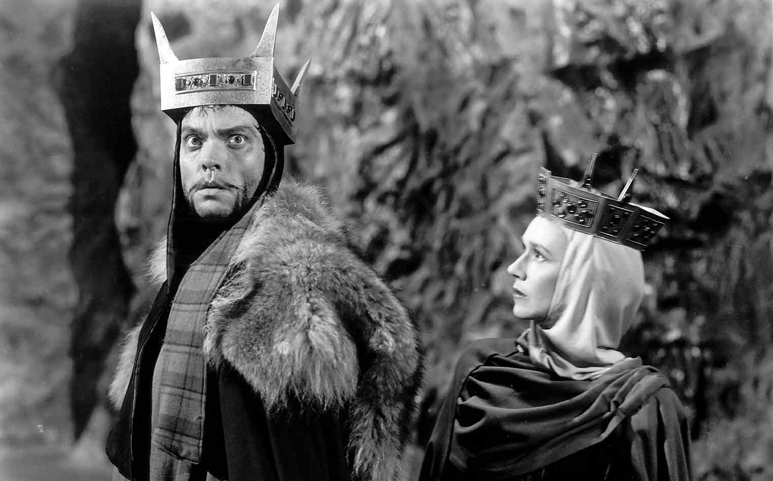 Orson Welles as Macbeth and Jeanette Nolan as Lady Macbeth.